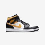 Jordan 1 Retro High by Nike